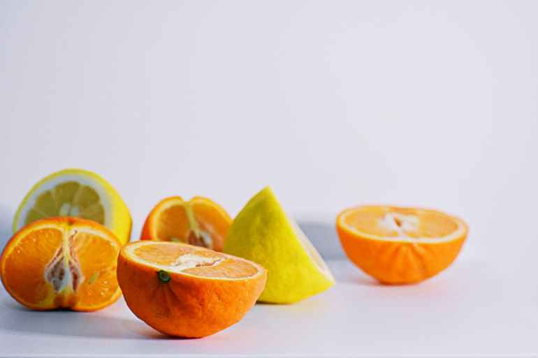 sliced oranges and lemons